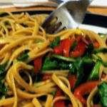 Linguine with Arugula, Roasted Peppers, and Bacon