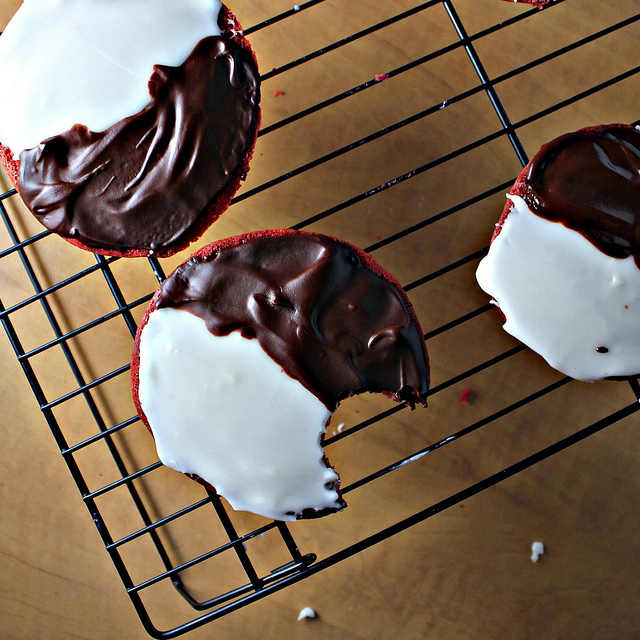 Red Velvet Black and White Cookies - Joanne Eats Well With ...
