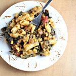 Persian Saffron-Spiced Pasta with Split Peas