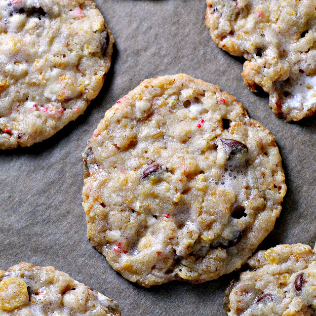 cornflake chocolate chip peppermint cookies