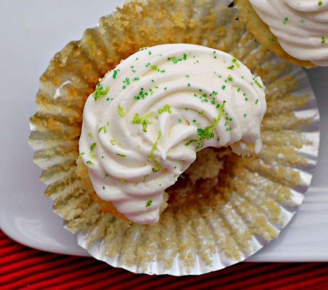 Meyer Lemon Cupcakes with Raspberry Buttercream | Joanne Eats Well ...