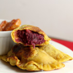 {Healthy} Curry-Spiced Sweet Potato Samosas with a Persimmon-Tomato Marmalade {eat.live.be}