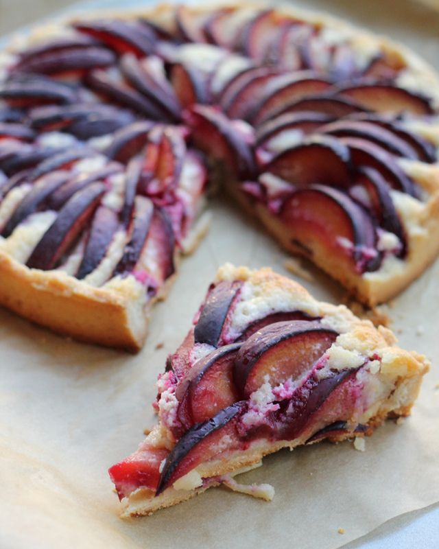 plum and almond cream tart