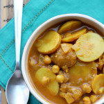 Creamy Indian-Spiced Chickpea and Tomato Curry