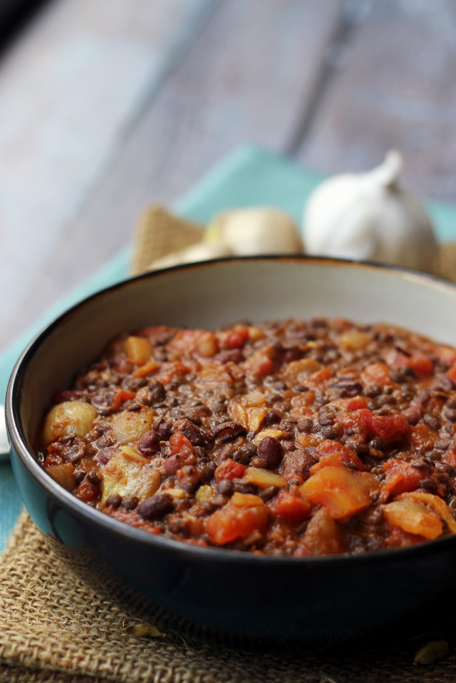 Dal makhani black lentils with rich tomato sauce joanne eats dal makhani forumfinder Image collections
