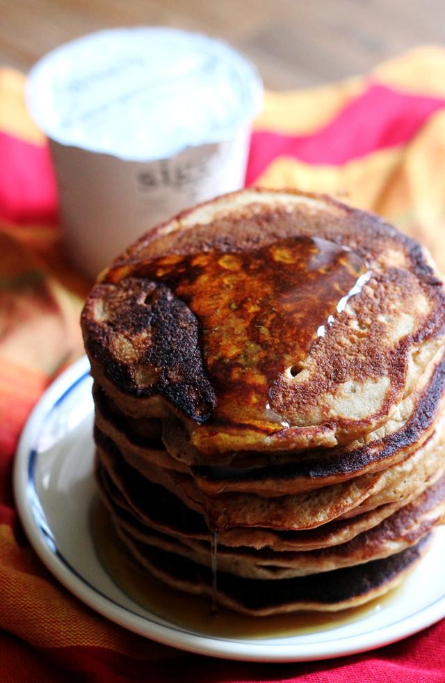 gingerbread yogurt pancakes
