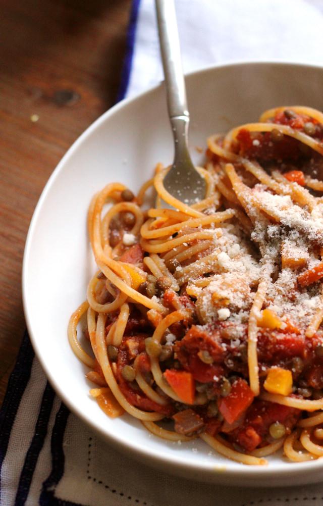 spaghetti with vegetarian lentil bolognese