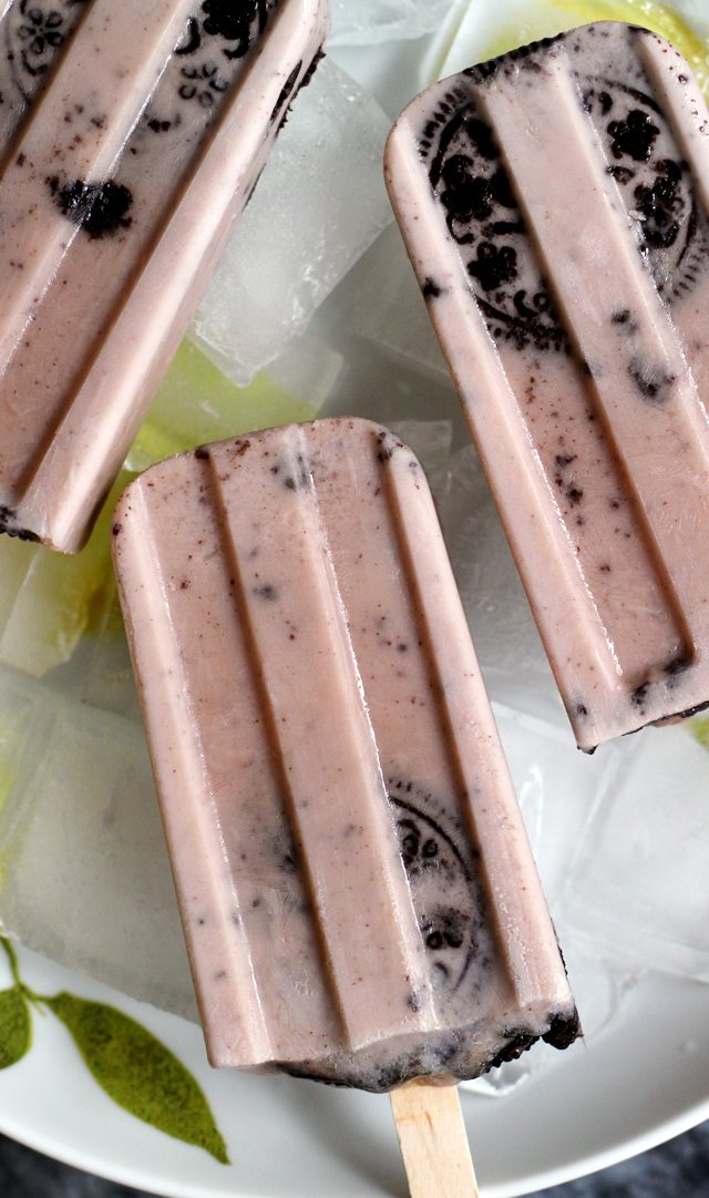 mocha cookies and cream popsicles