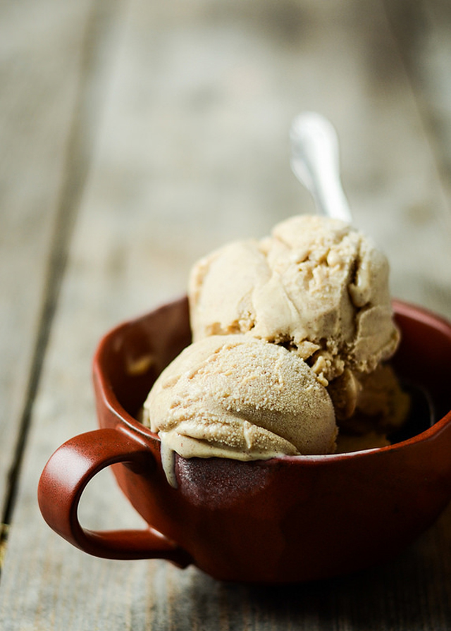 Cinnamon Ice Cream from Buttered Side Up