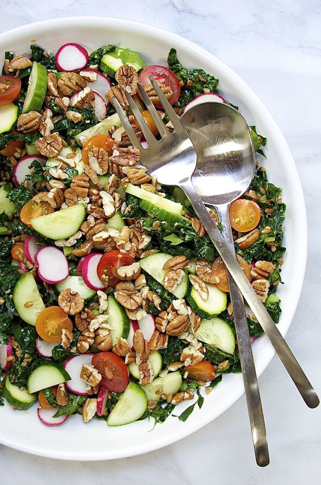 Raw Vegetable and Farro Salad with Pecans