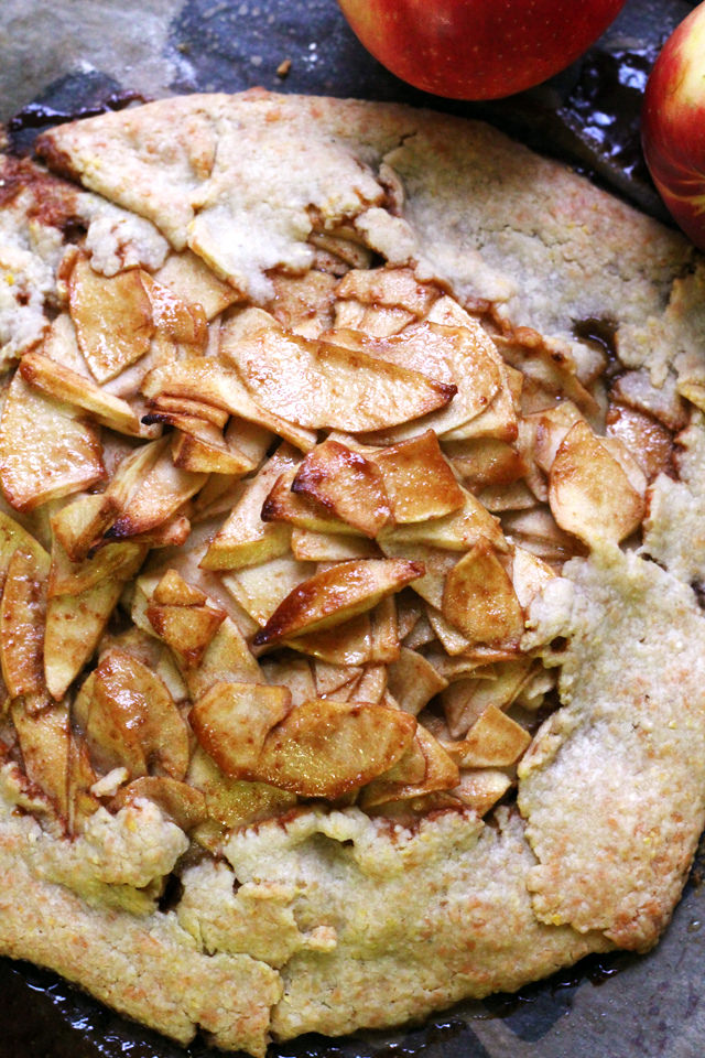 Caramel Apple Smoked Gouda Galette - the perfect sweet and savory way to celebrate the holidays!