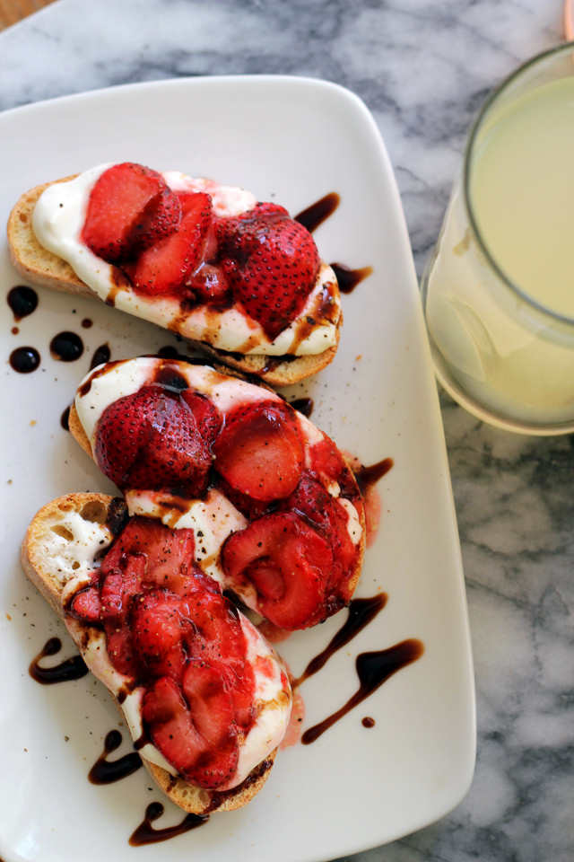 Roasted Strawberry Balsamic Bruschetta with Whipped Ricotta