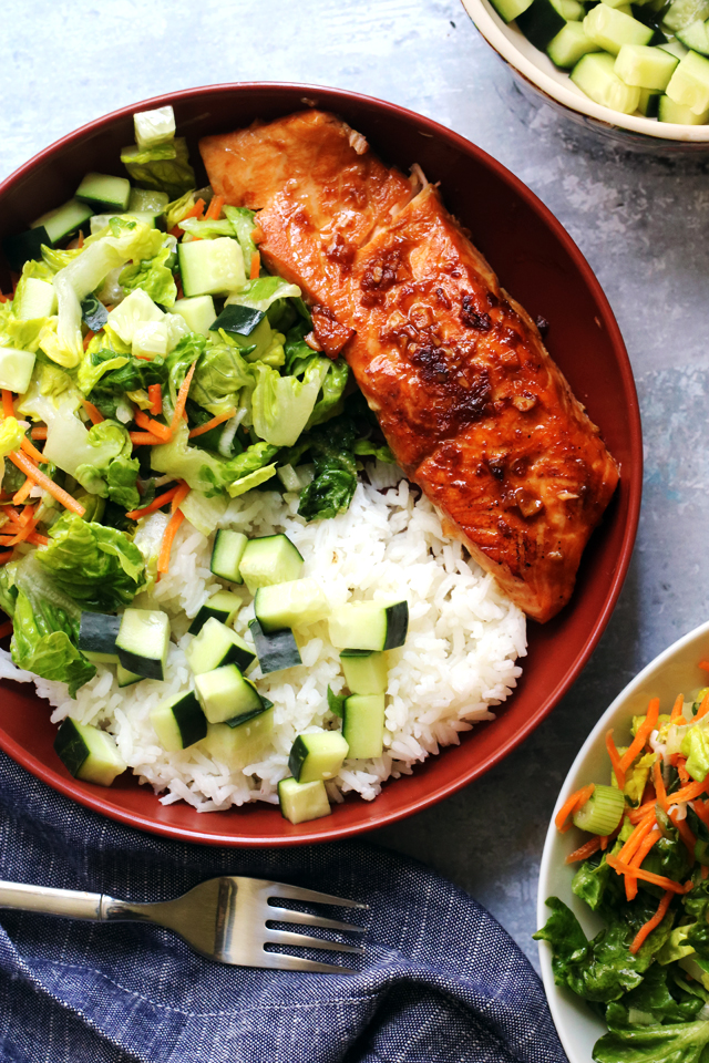 Korean BBQ Salmon Bowls with Quick-Pickled Cucumbers and Gochujang Sauce