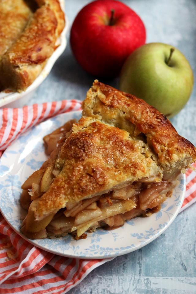Peel-to-Stem Apple Pie