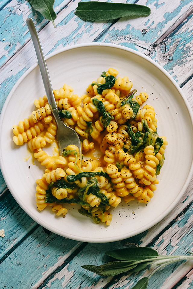 Pasta with Creamy Parmesan Butternut Squash Sauce